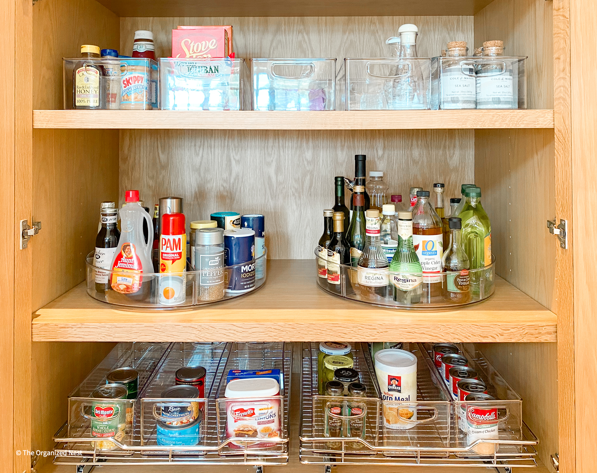 An organized cabinet organizing franchise opportunities Houston, TX